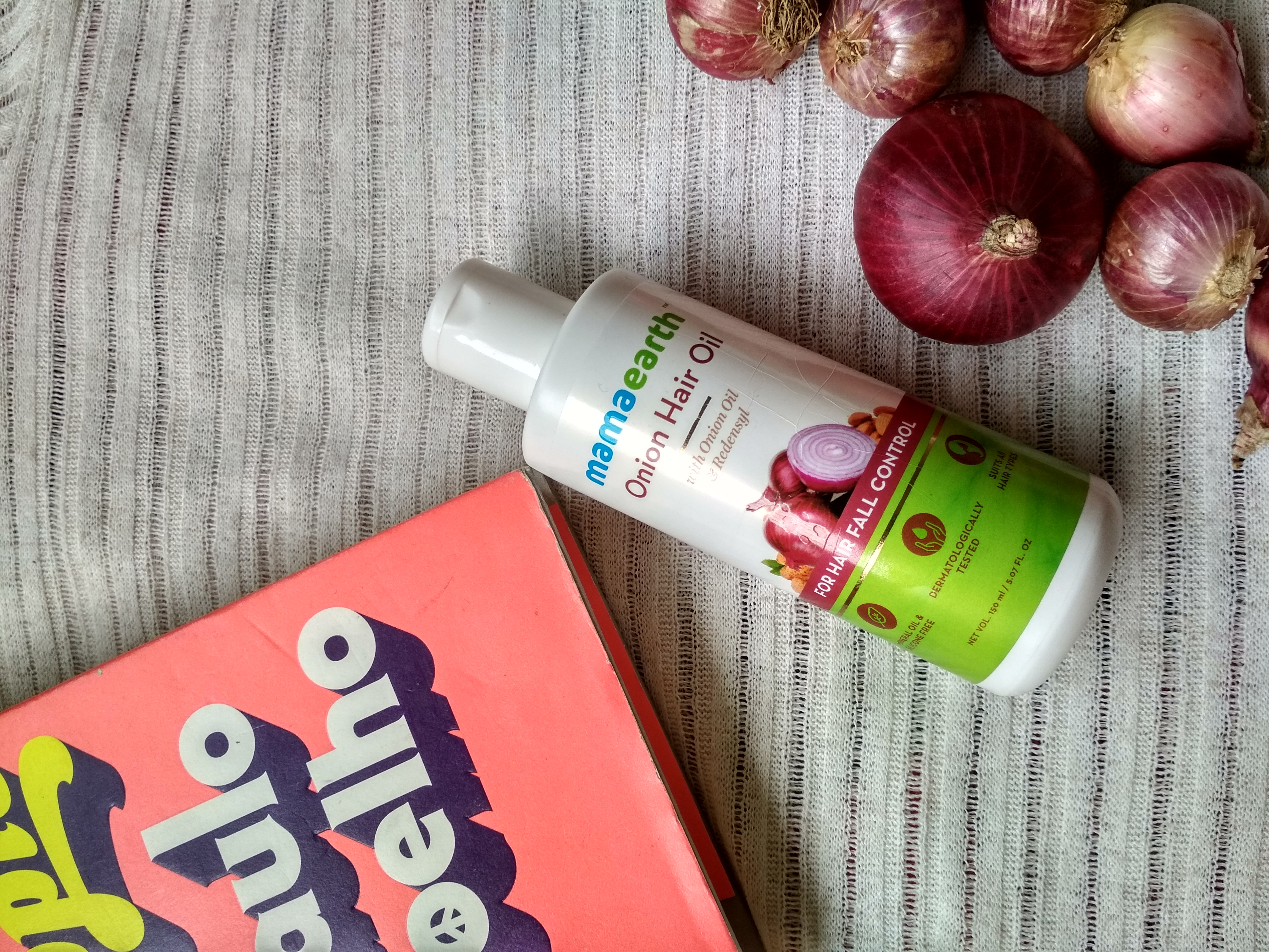 MamaEarth Onion Hair Oil-One stop solution for all hair problems.-By geetanjali_bharali-2