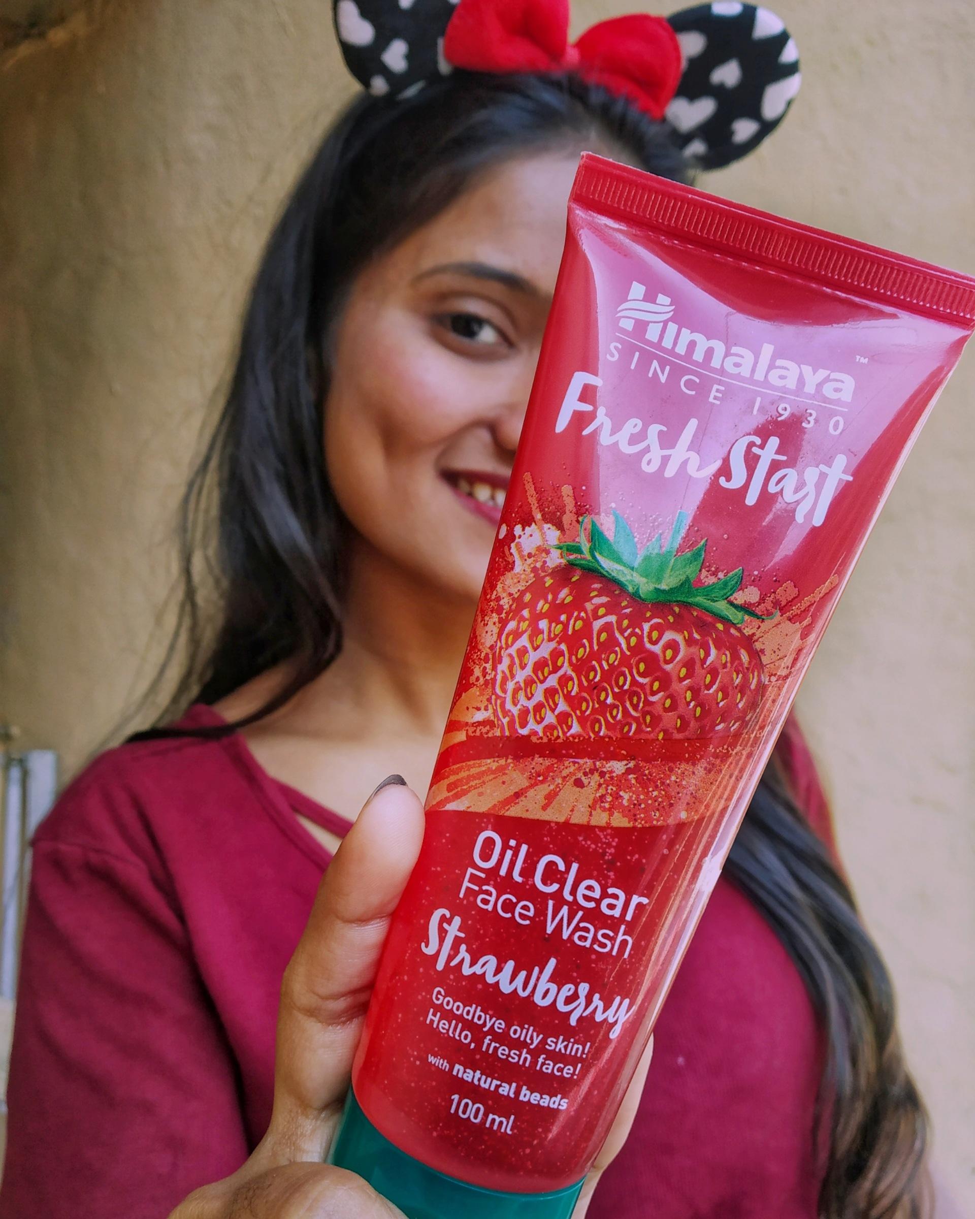 Himalaya Herbals Fresh Start Oil Clear Strawberry Face Wash-Good-By priyankajadhav