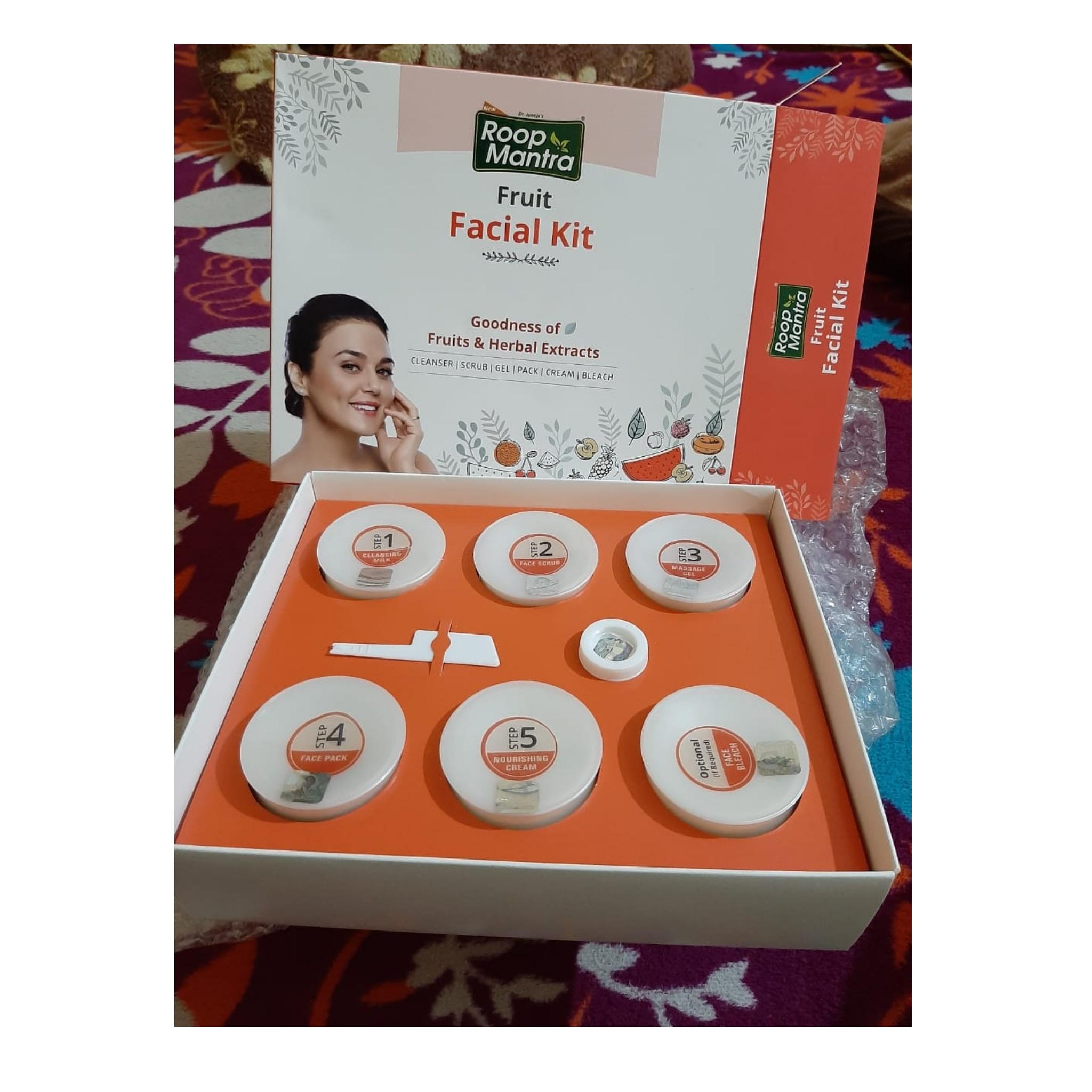 Roop Mantra Fruit Facial Kit-Gives instant glow-By aprajita_thakur