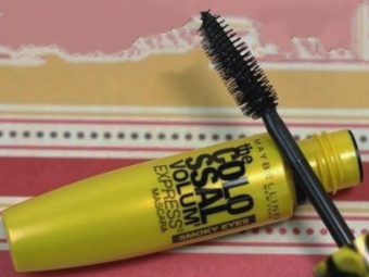 Maybelline The Colossal Volum Express Mascara -For long and beautiful lashes-By kaushikiupadh_y
