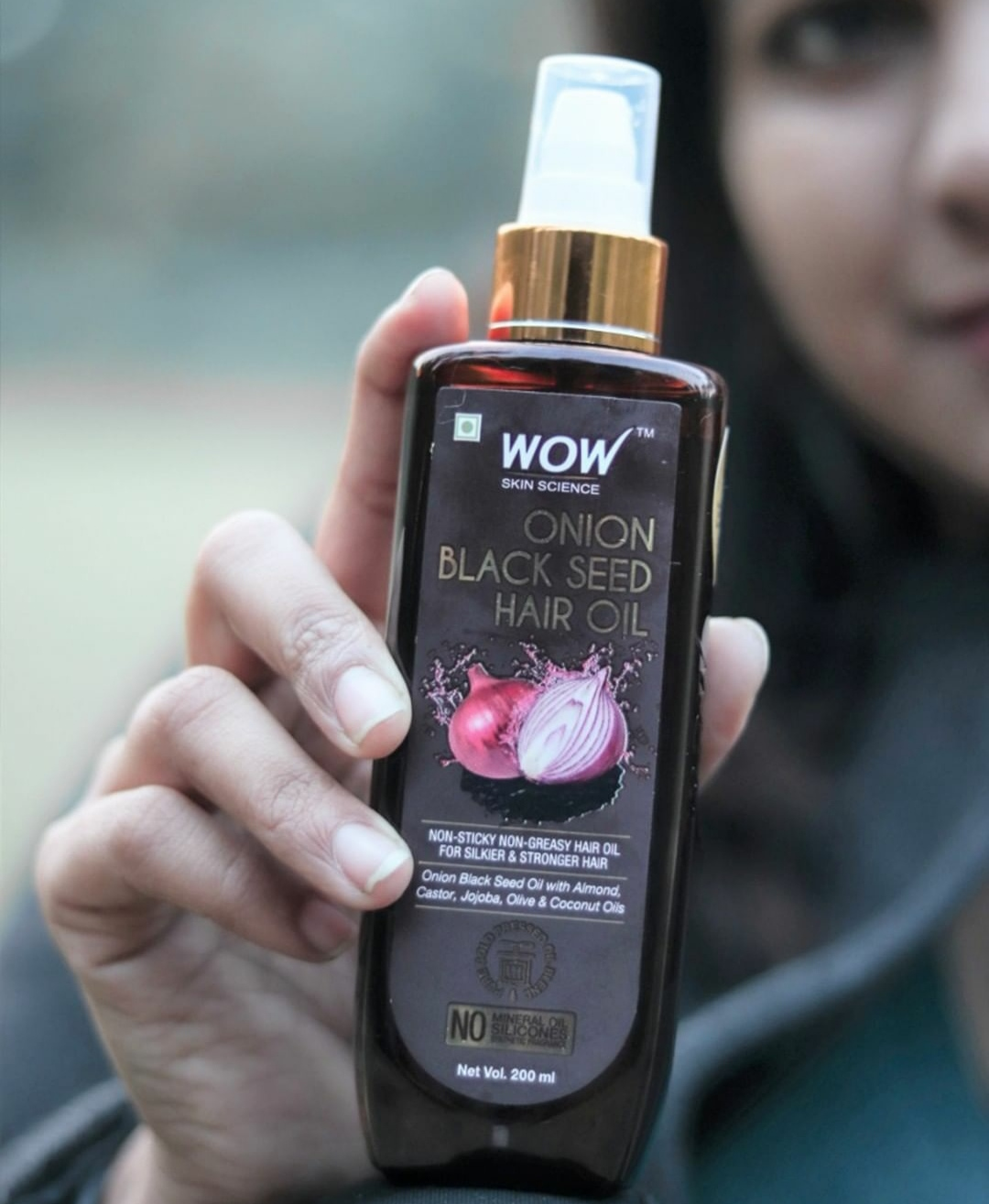 WOW Skin Science Onion Black Seed Hair Oil-It helped in hair regrowth-By anjali_jalan