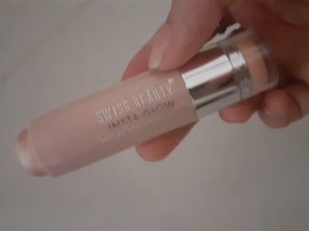 Swiss Beauty Insta Glow Highlighting Stick pic 1-I love this highlighter-By twinkle46_