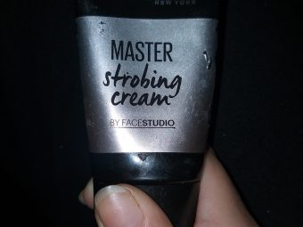 Maybelline New York Facestudio Master Strobing Cream -Gorgeous metallic finish-By sarcasm_nd_wine_