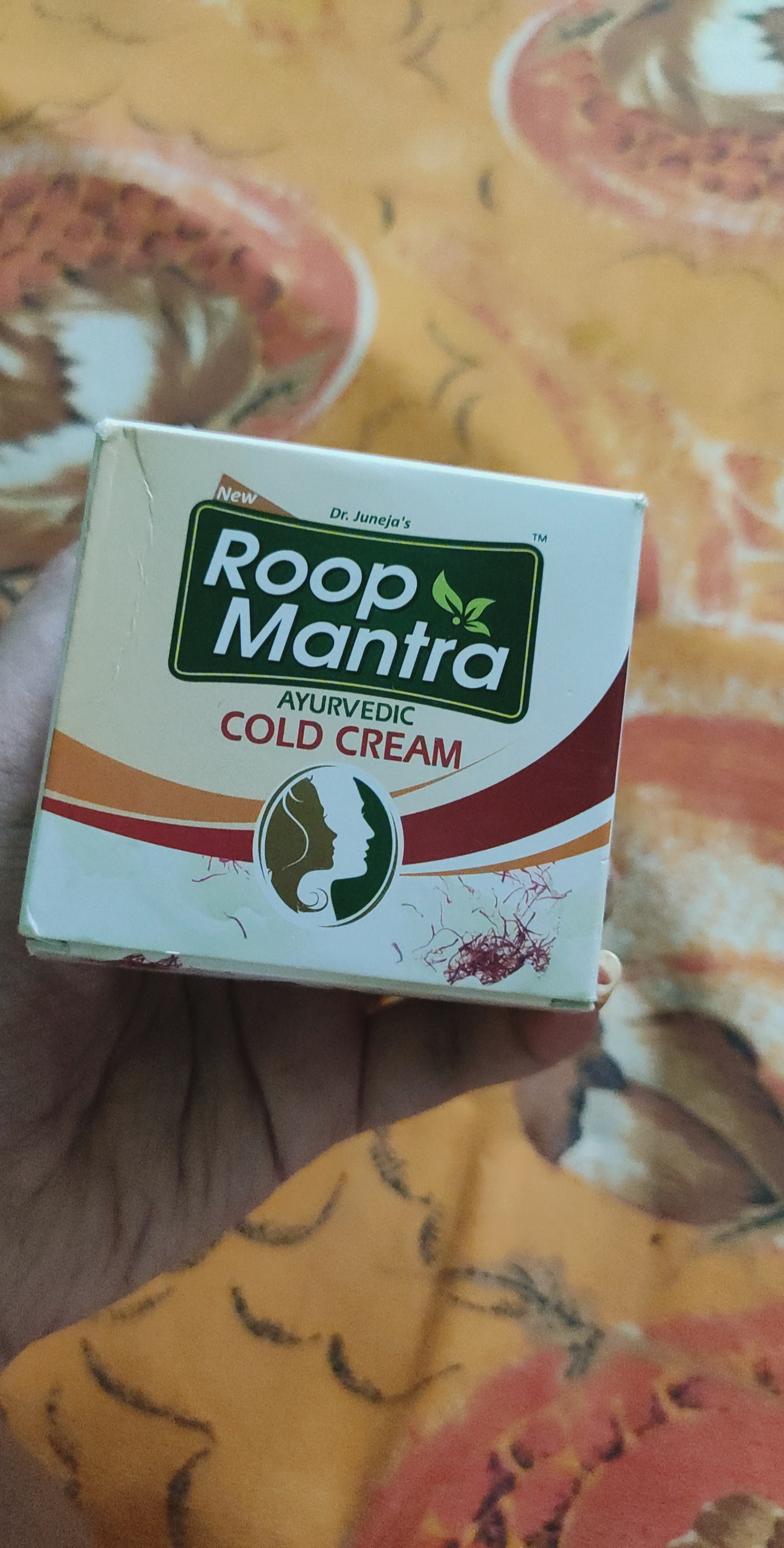 Roop Mantra Cold Cream-Nice cold cream for winter skin care-By sneha8620