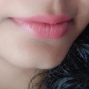 Colorbar Velvet Matte Lipstick pic 4-WANNA BE 98, HOT HOT HOT 01, BARE 58-By sukanyapulakkal