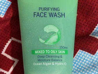 Nivea Purifying Face Wash -Purifies the skin-By shachi_sharma