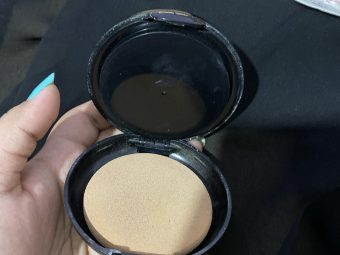Lakme Absolute White Intense Wet & Dry Compact pic 2-Can be used as compact and foundation-By shachi_sharma