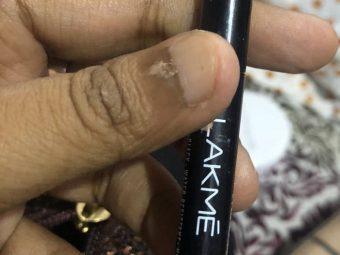 Lakme Eyeconic Kajal -Makes eyes look bold-By shachi_sharma