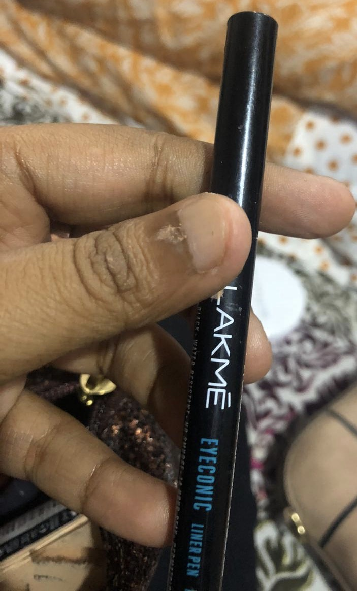 Lakme Eyeconic Kajal -Makes eyes look bold-By shachi_sharma