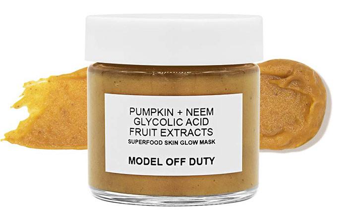 Model off Duty Superfood Skin Glow Mask