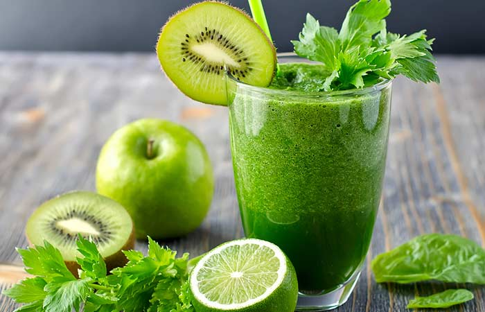 Sirtfood Green Juice With Green Apple And Kiwi