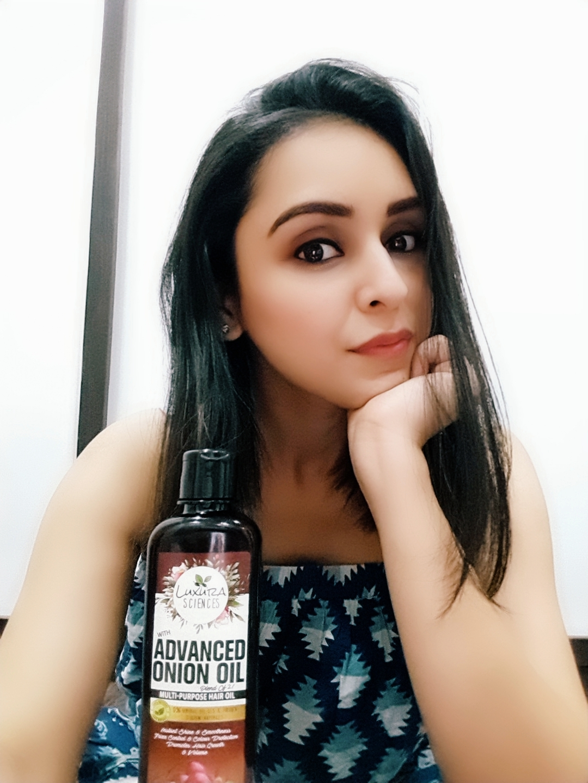 Luxura Sciences Advanced Onion Oil 250 ml-Great Hair oil for frizz control-By daniya_keswani