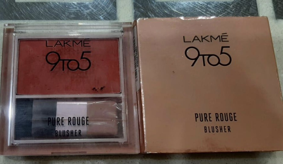 Lakme 9 to 5 Pure Rouge Blusher-Blusher-By shachi_sharma