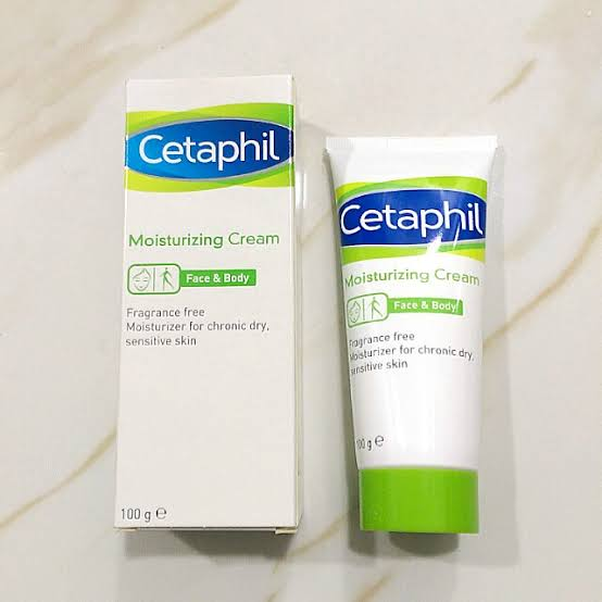 Cetaphil Moisturizing Cream-The skin saviour moisturizer!-By pragyanagra