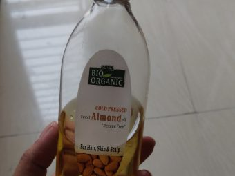 Indus Valley Cold Pressed Sweet Almond Oil pic 2-A good hair oil-By tabassum_shazia