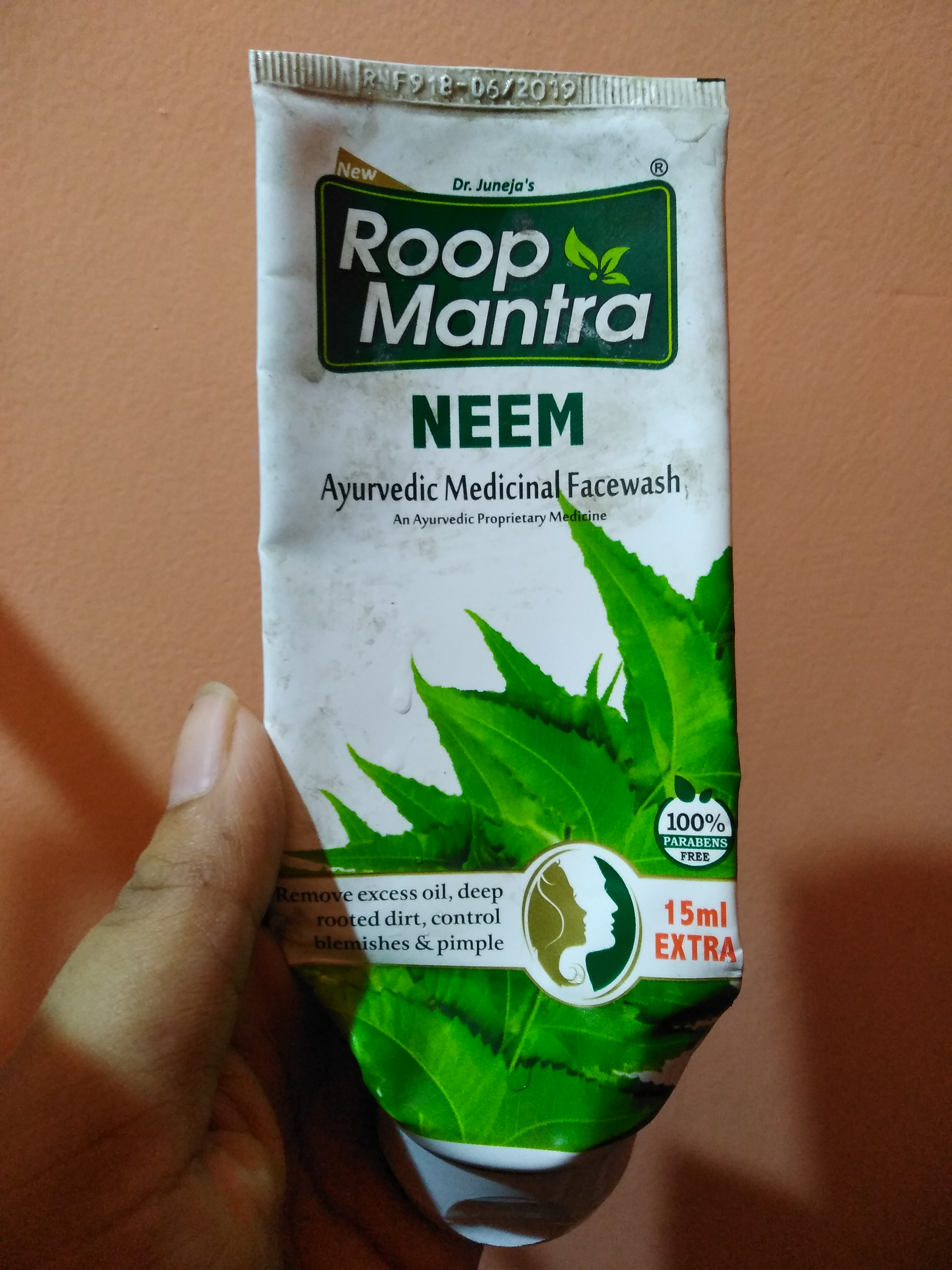Roop Mantra Neem Face Wash-Best for oily and acne prone skin-By payel123