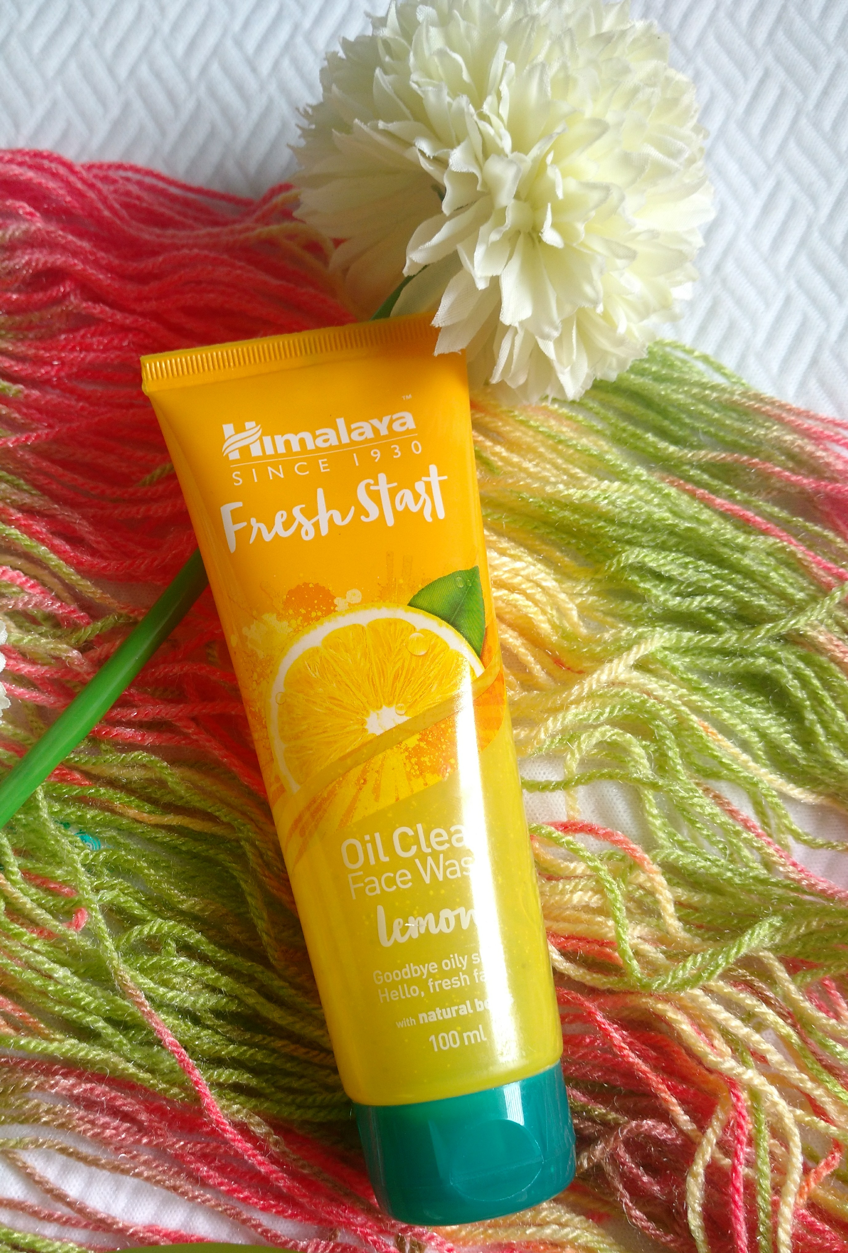 Himalaya Herbals Fresh Start Oil Clear Lemon Face Wash-Best for oily skin-By reny
