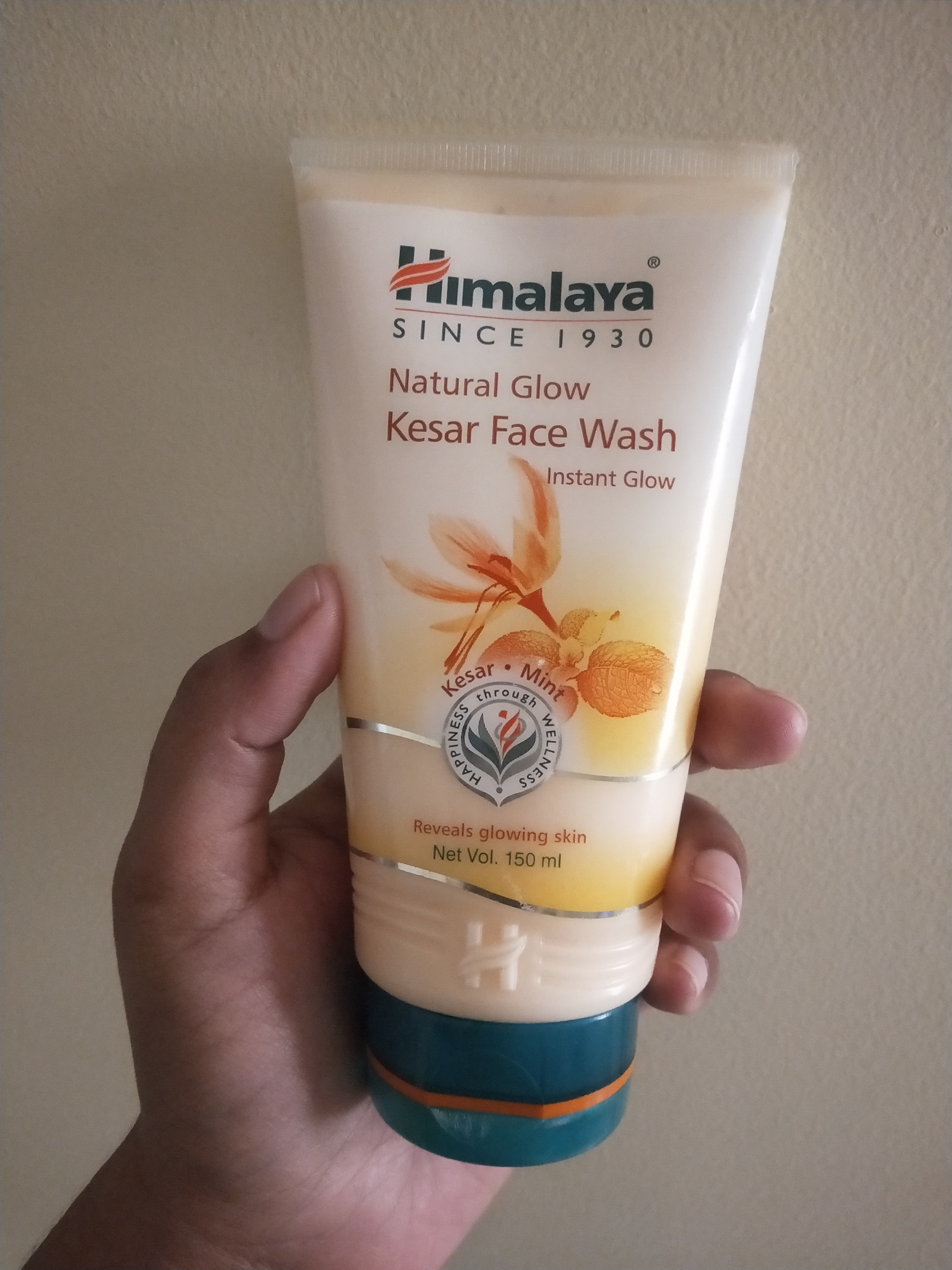 Himalaya Herbals Fairness Kesar Face Wash-For soft, fair, pimple-free skin-By miss_hungry_soul-4