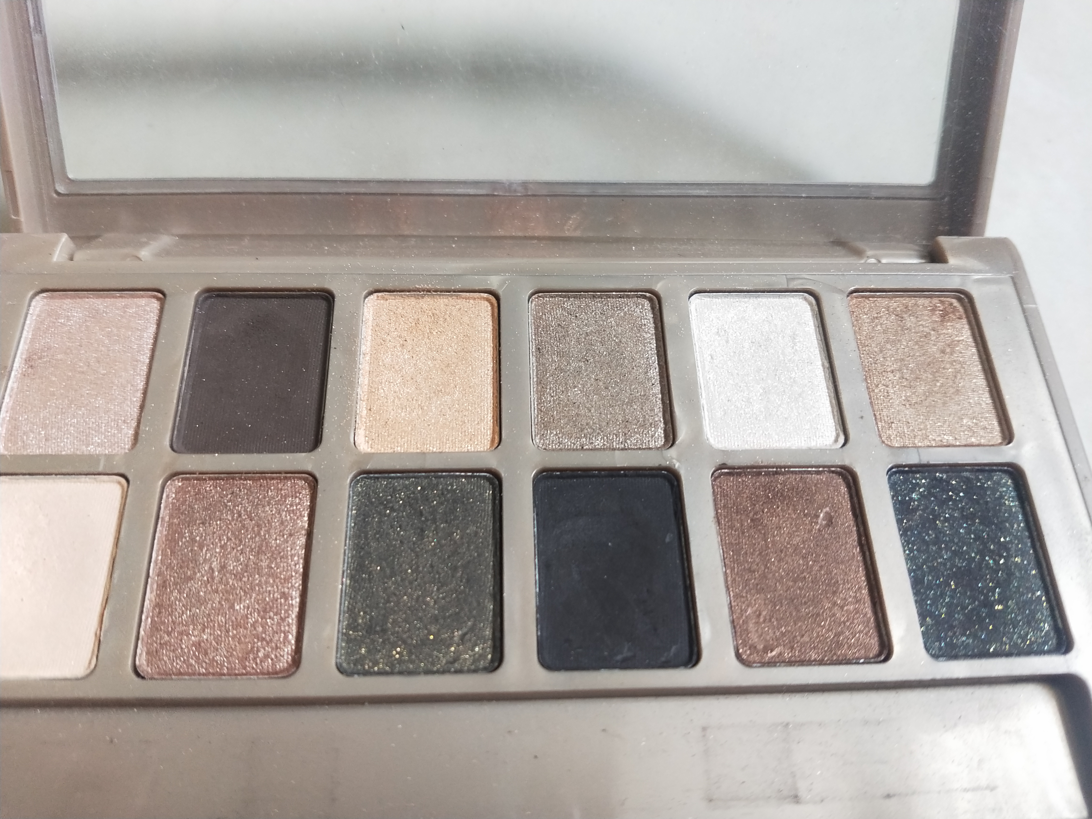 Maybelline New York The 24K Nudes Eyeshadow Palette-Affordable, amazing shades.-By miss_hungry_soul-4
