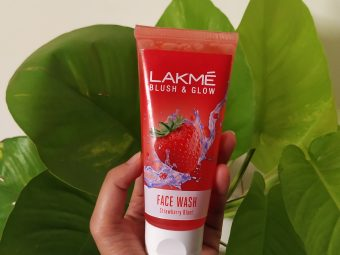 Lakme Blush & Glow Strawberry Gel Face Wash -Probably the best facewash-By vogueandroughbysakhi