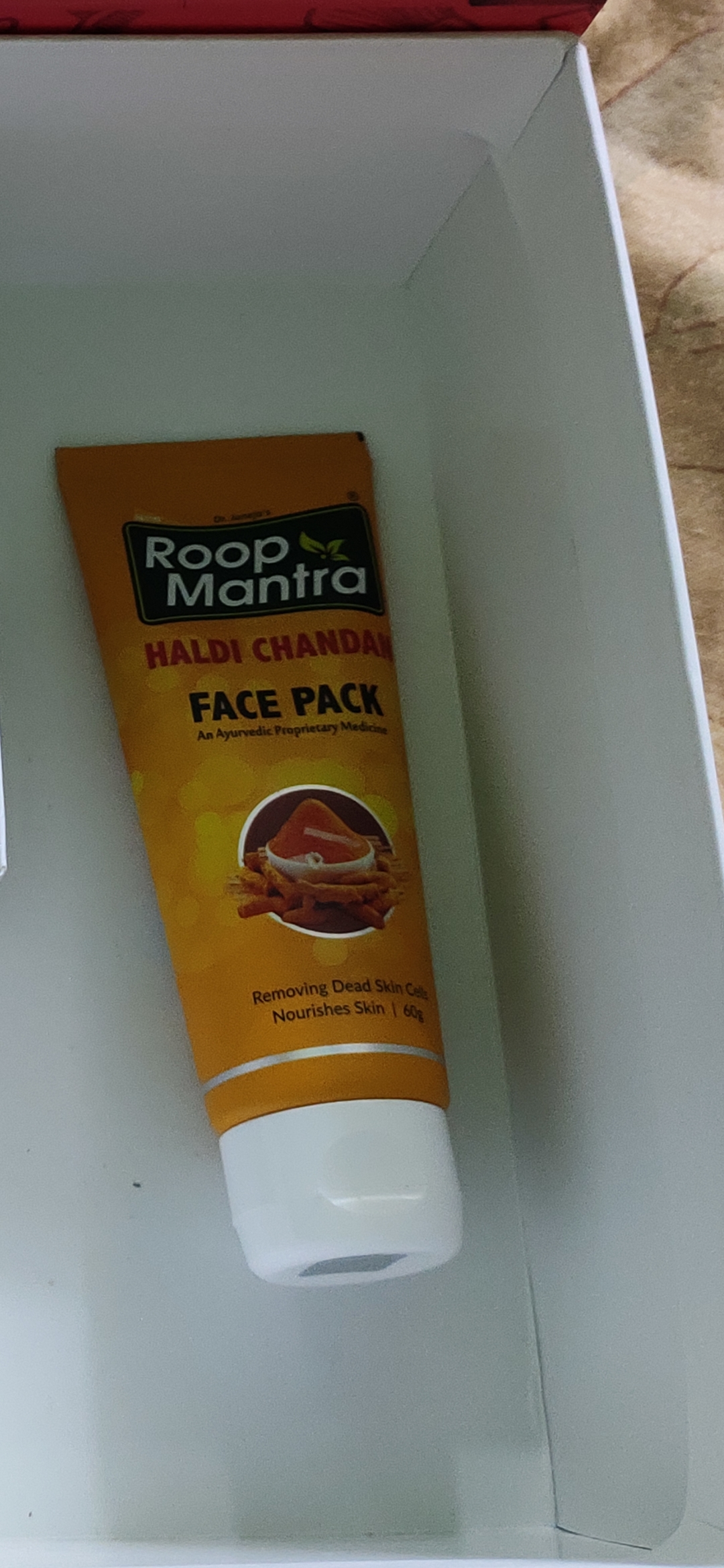 Roop Mantra Haldi Chandan Face Pack-Natural facepack gives a glowing skin-By sneha8620