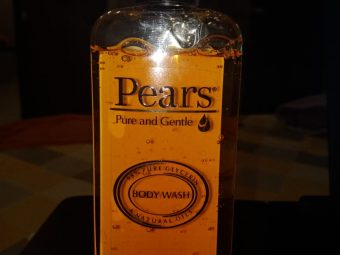 Pears Pure And Gentle Shower Gel pic 1-Gentle on skin-By beauty_bliss2020
