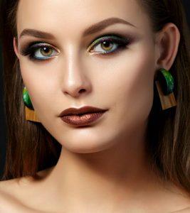 10 Best Metallic Lipsticks For A Gorgeous Glittery Pout