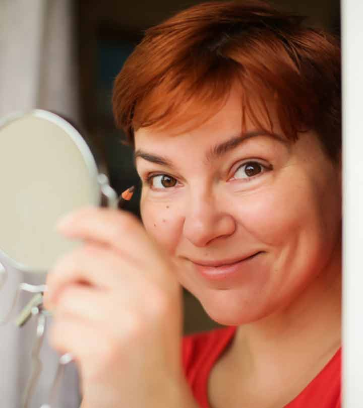 13 Best Eyeliners For Women Over 50 (Aging Eyes)