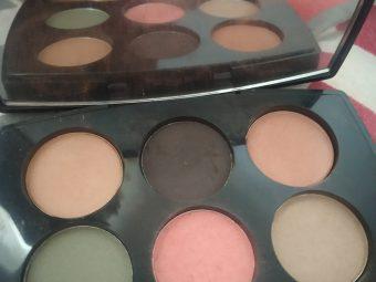Lakme Absolute Illuminating Eyeshadow Palette pic 2-Lakme absolute illuminating eyeshadow-By shilpamittal