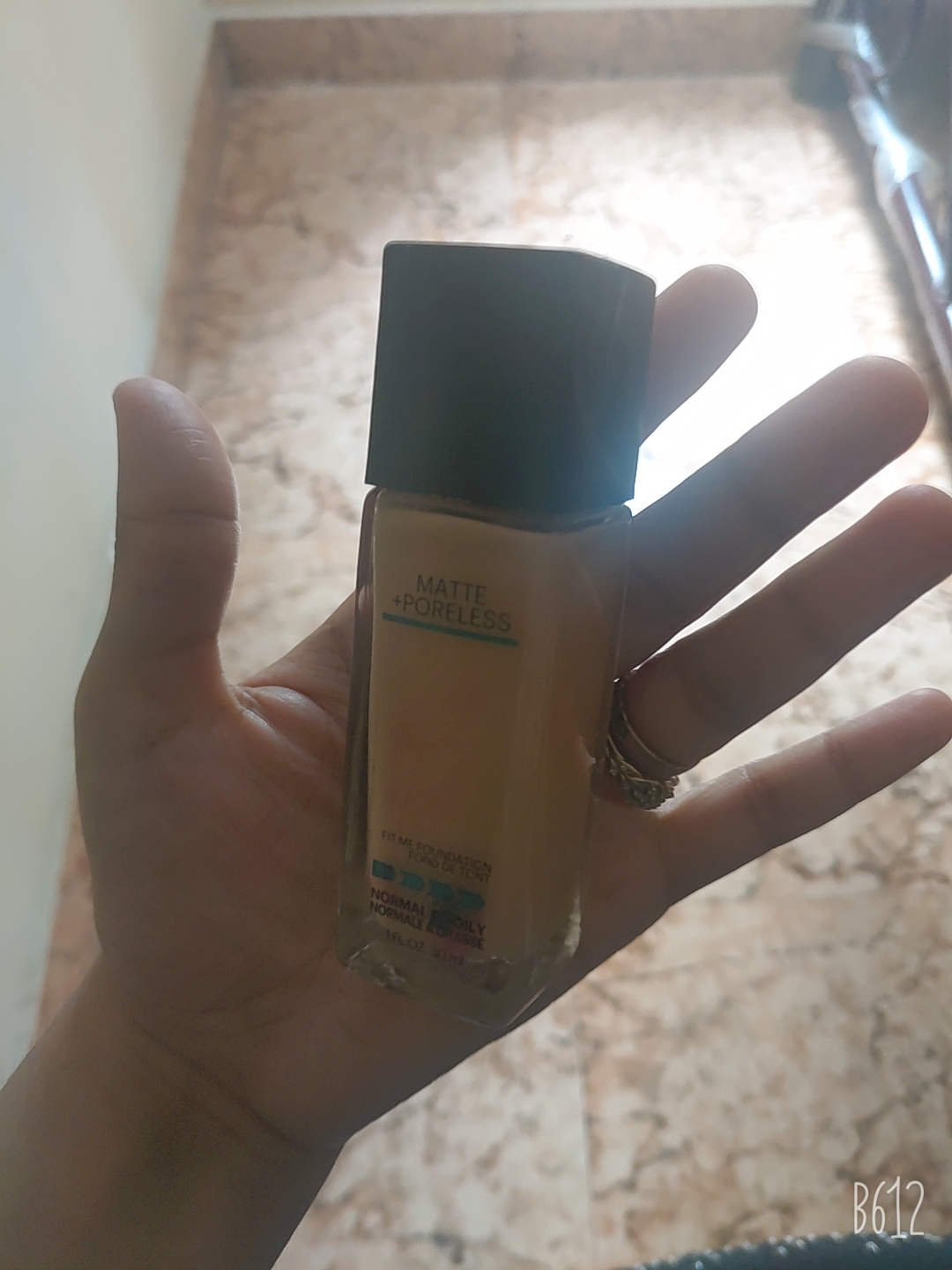 Maybelline New York‎ Fit Me Matte + Poreless Foundation -Perfect for everyday use!-By sarah120