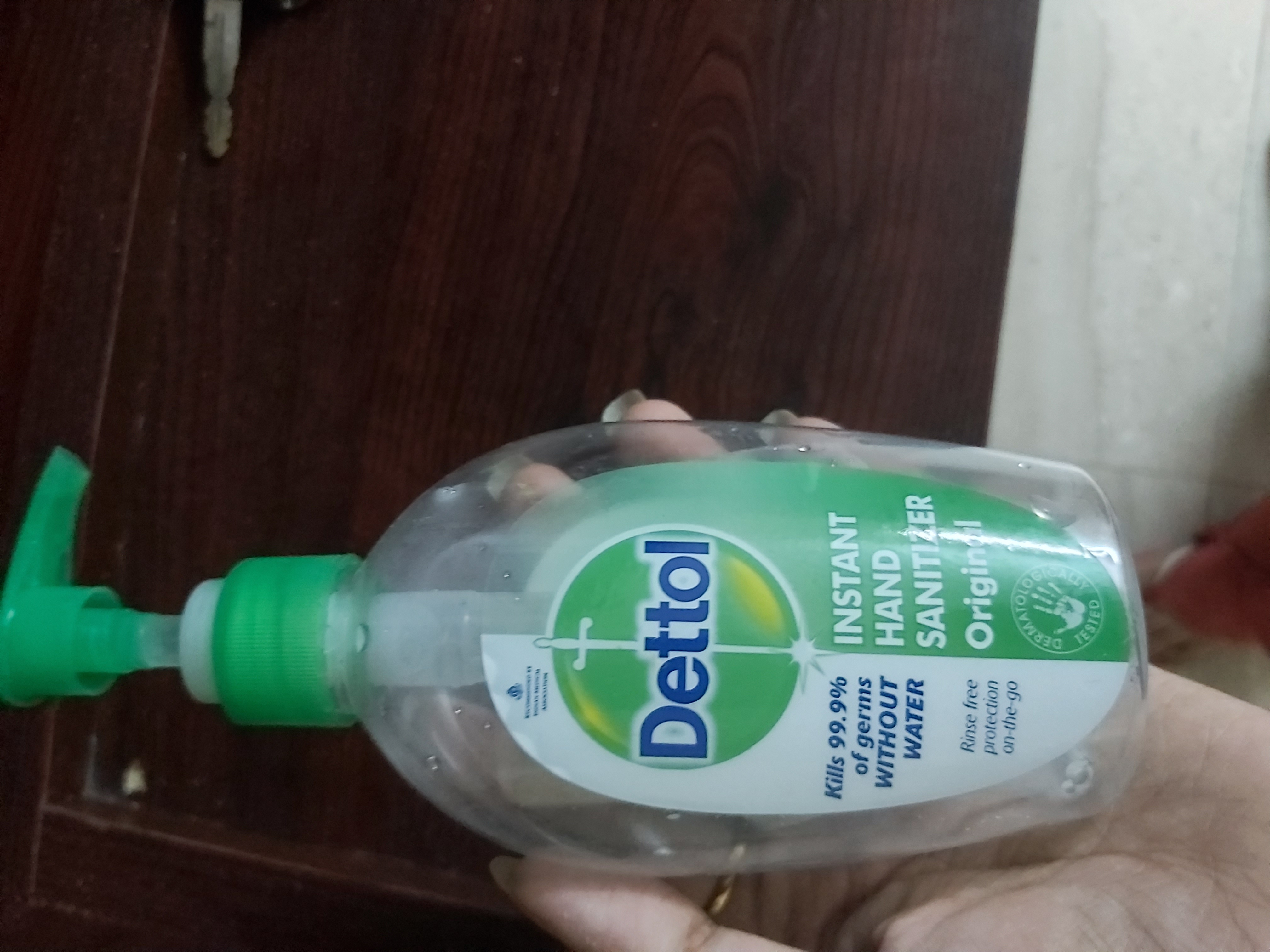Dettol Instant Hand Sanitizer-Good sanitizer-By manpreet1