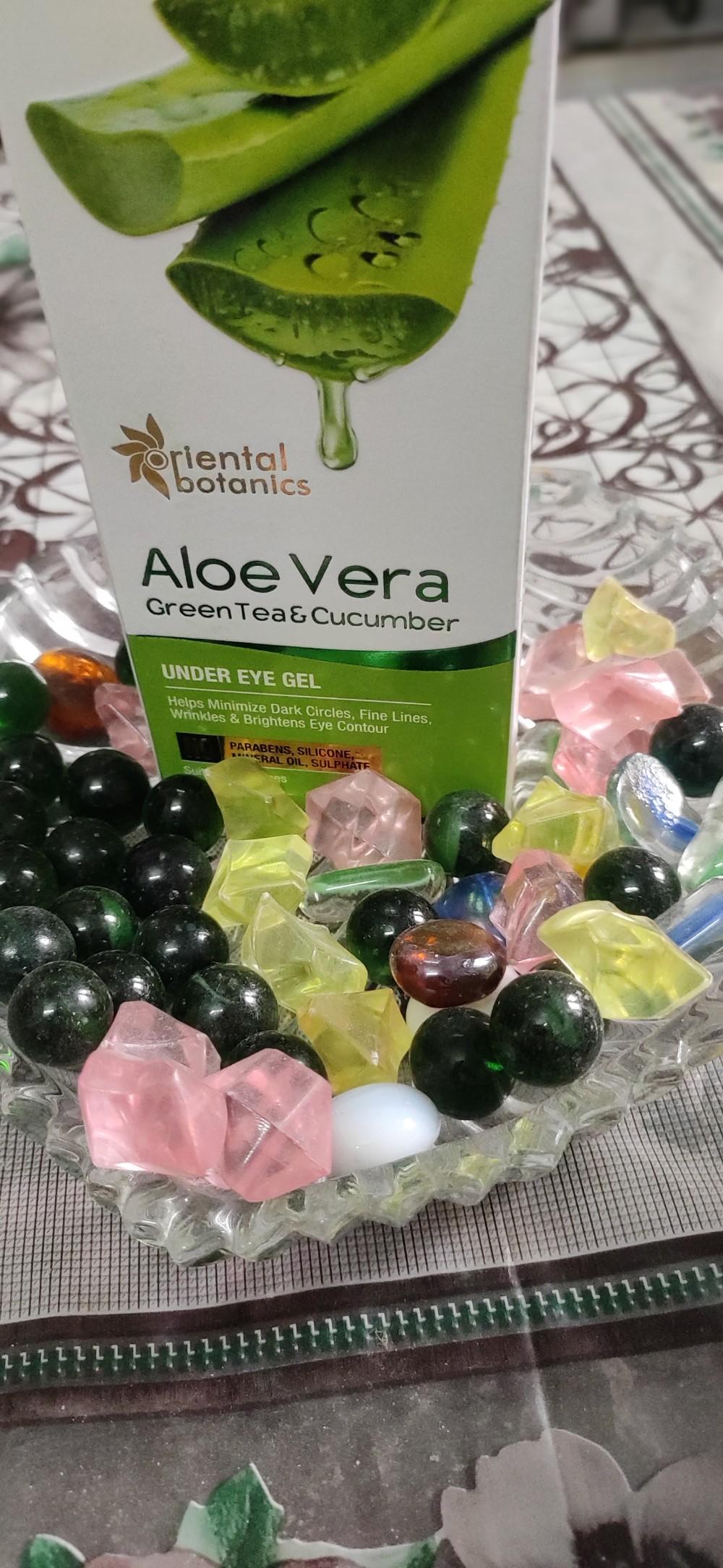 Oriental Botanics Aloe Vera Green Tea & Cucumber Under Eye Gel pic 2-Best for dark circles-By shivani_soni
