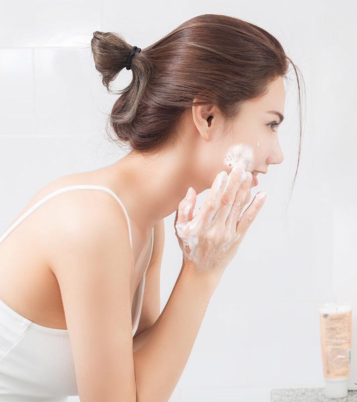 Best Scrub For Glowing Skin in Hindi