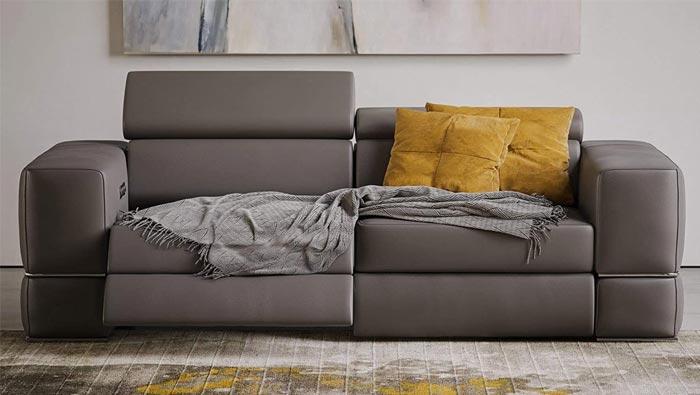 Zuri Furniture Modern Luxor Reclining Sofa