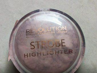 Makeup Revolution Strobe Highlighter -Makeup Revolution Highlighter-By shilpamittal