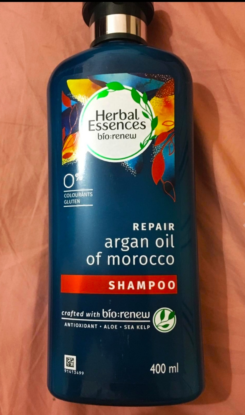 Herbal Essences Argan Oil Of Morocco Shampoo-Not a good shampoo-By shilpamittal