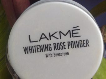 Lakme Whitening Rose Powder With Sunscreen -Good product-By supriya_lodhi