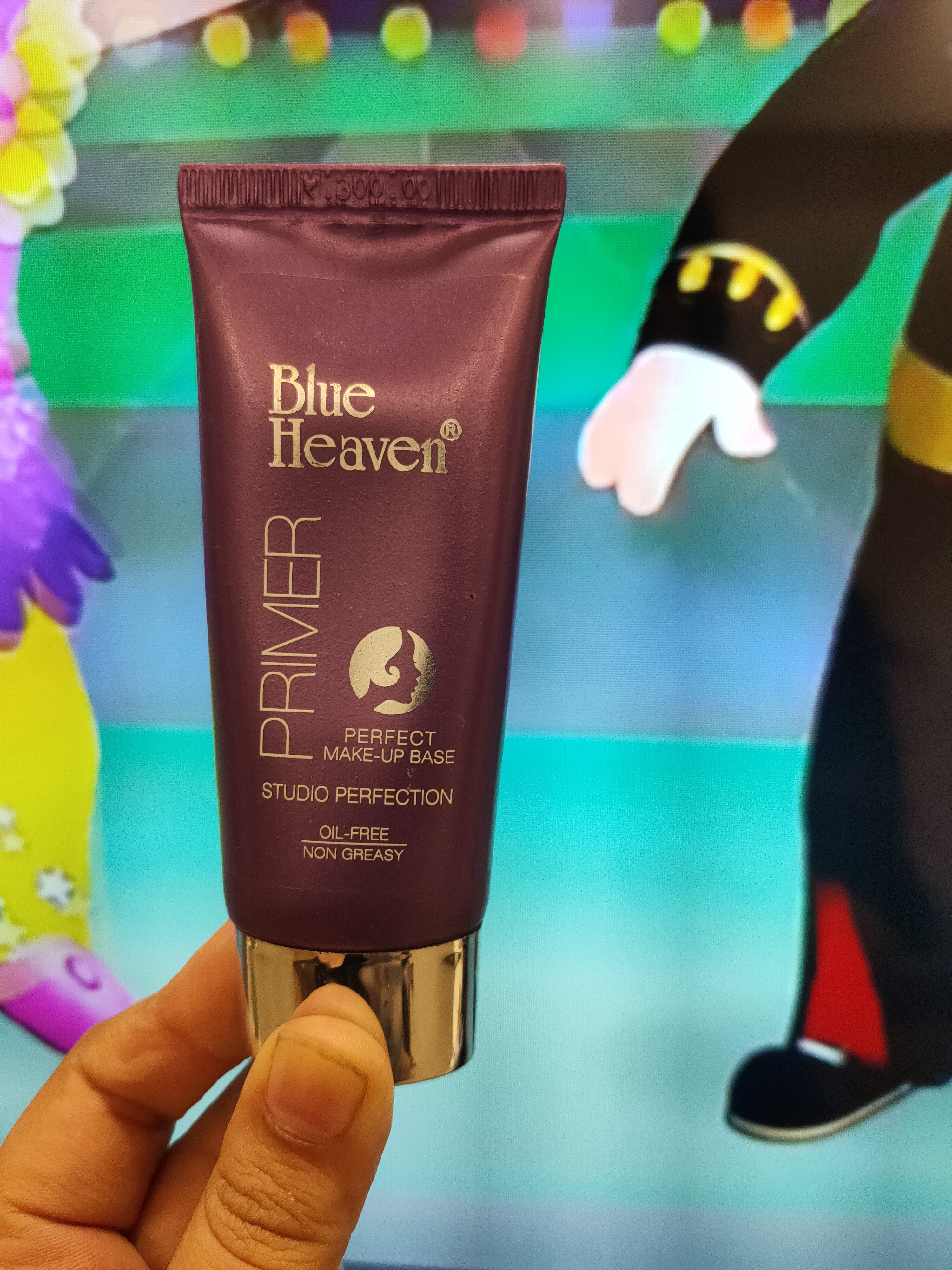Blue Heaven Studio Perfection Primer-Best Primer for oily skin-By suhanigaba-1