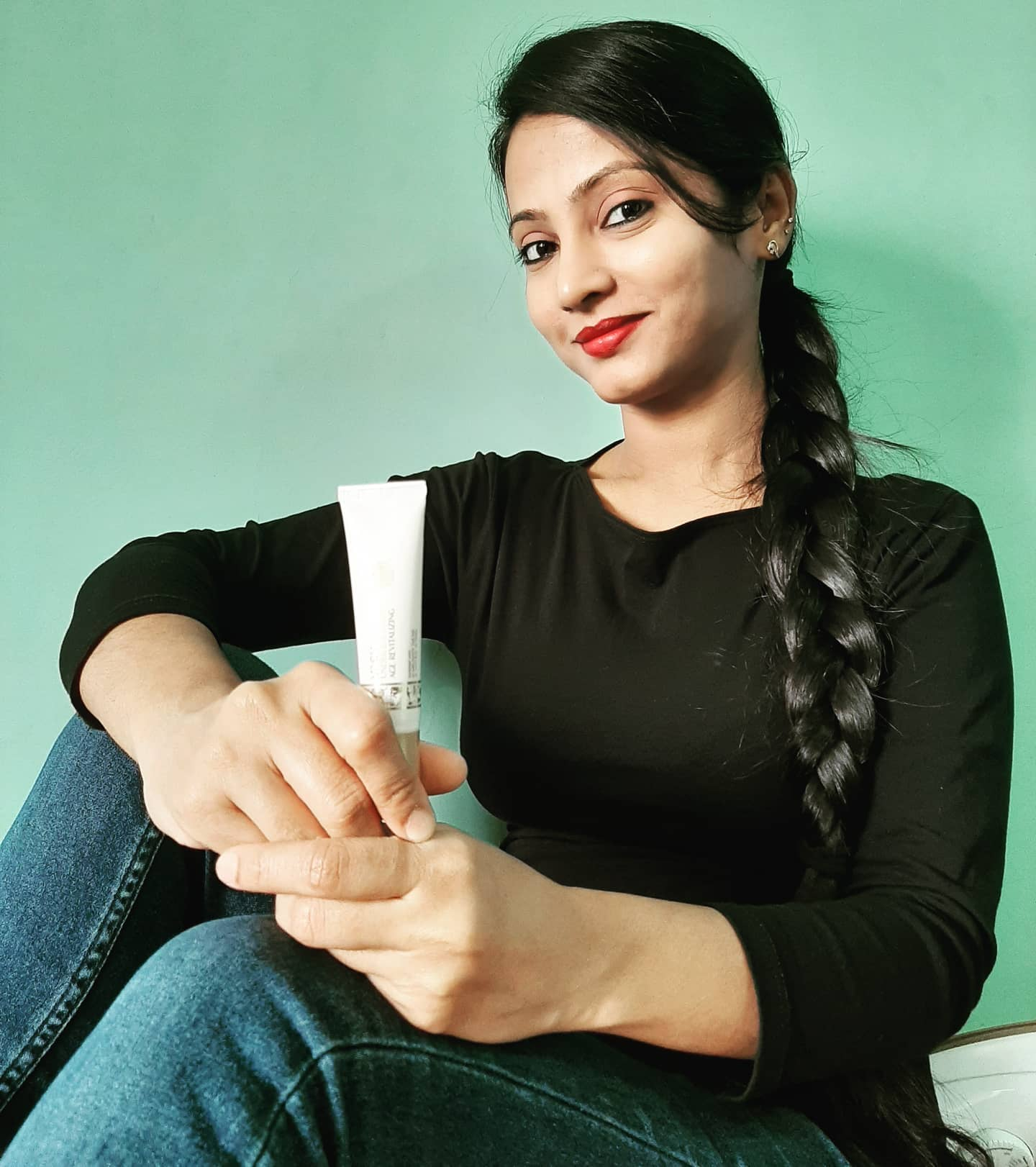 Vasu Age Revitalizing Under Eye Cream -Best under eye cream-By reshma_shaikh