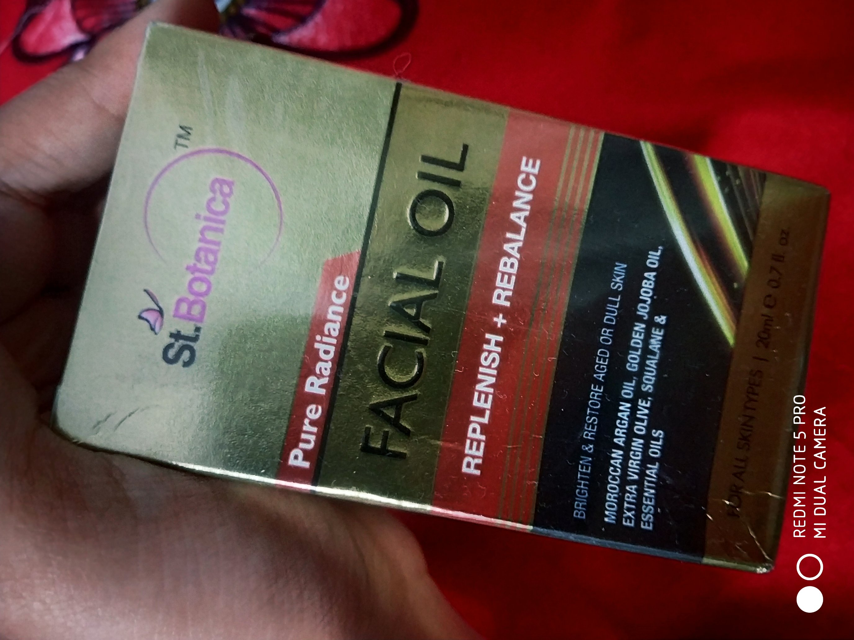 StBotanica Pure Radiance Facial Oil-Highly recommendee-By shreyagarwal