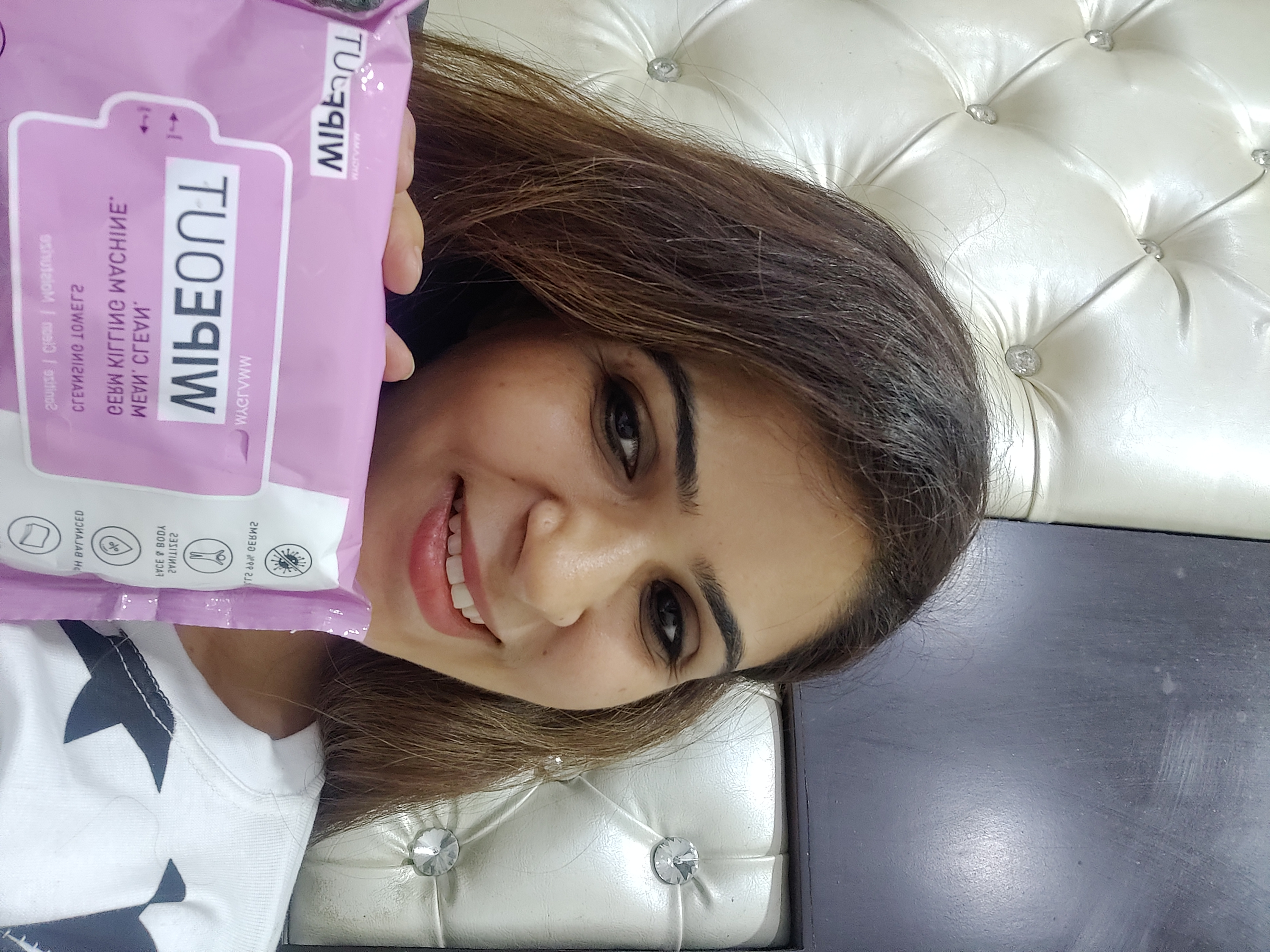 MyGlamm Wipeout Cleansing Towels-Wipeout-By shalini_bhatia-2