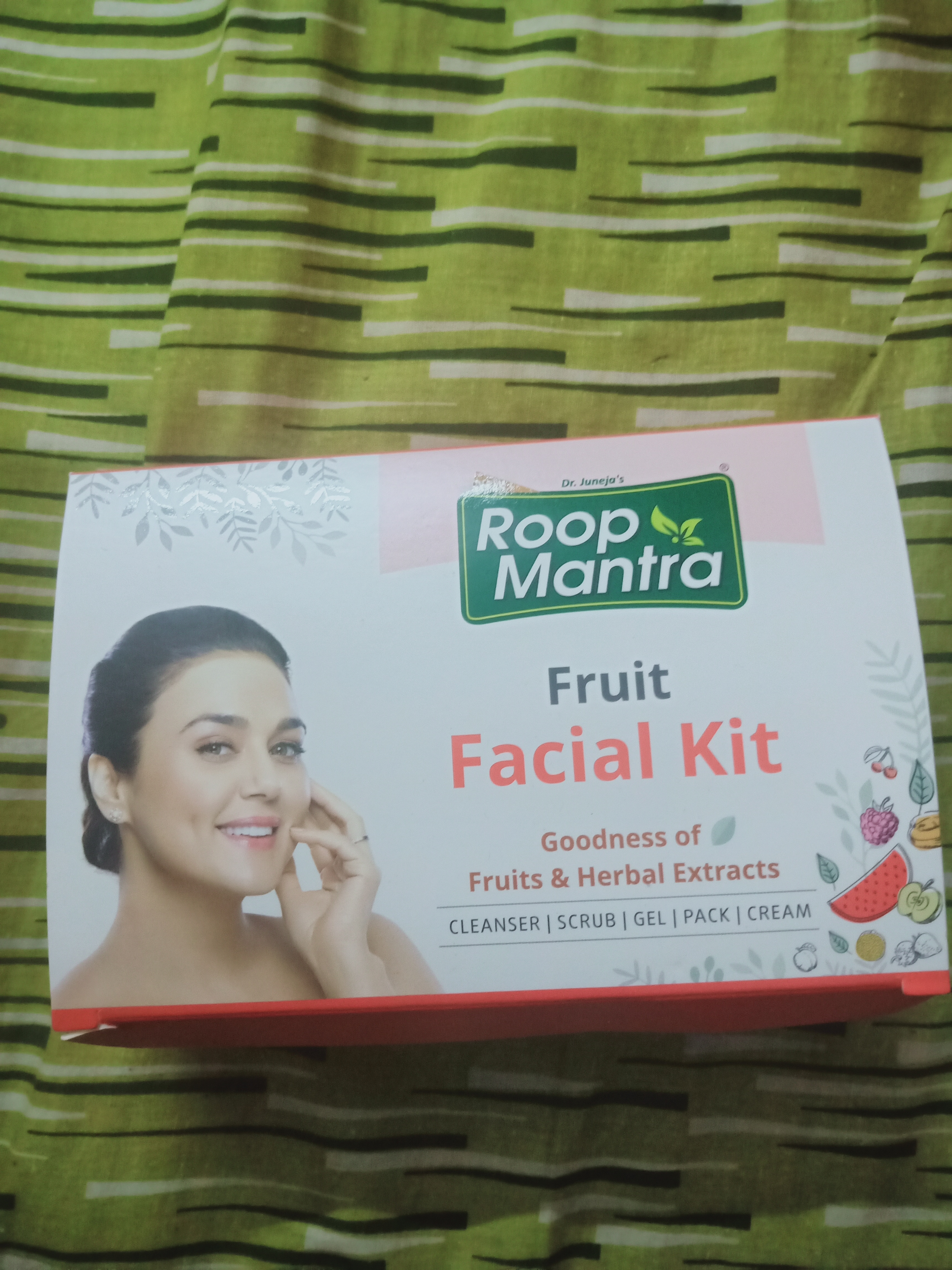 Roop Mantra Fruit Facial Kit-Best Fruity Facial kit-By geethuthomas24-2