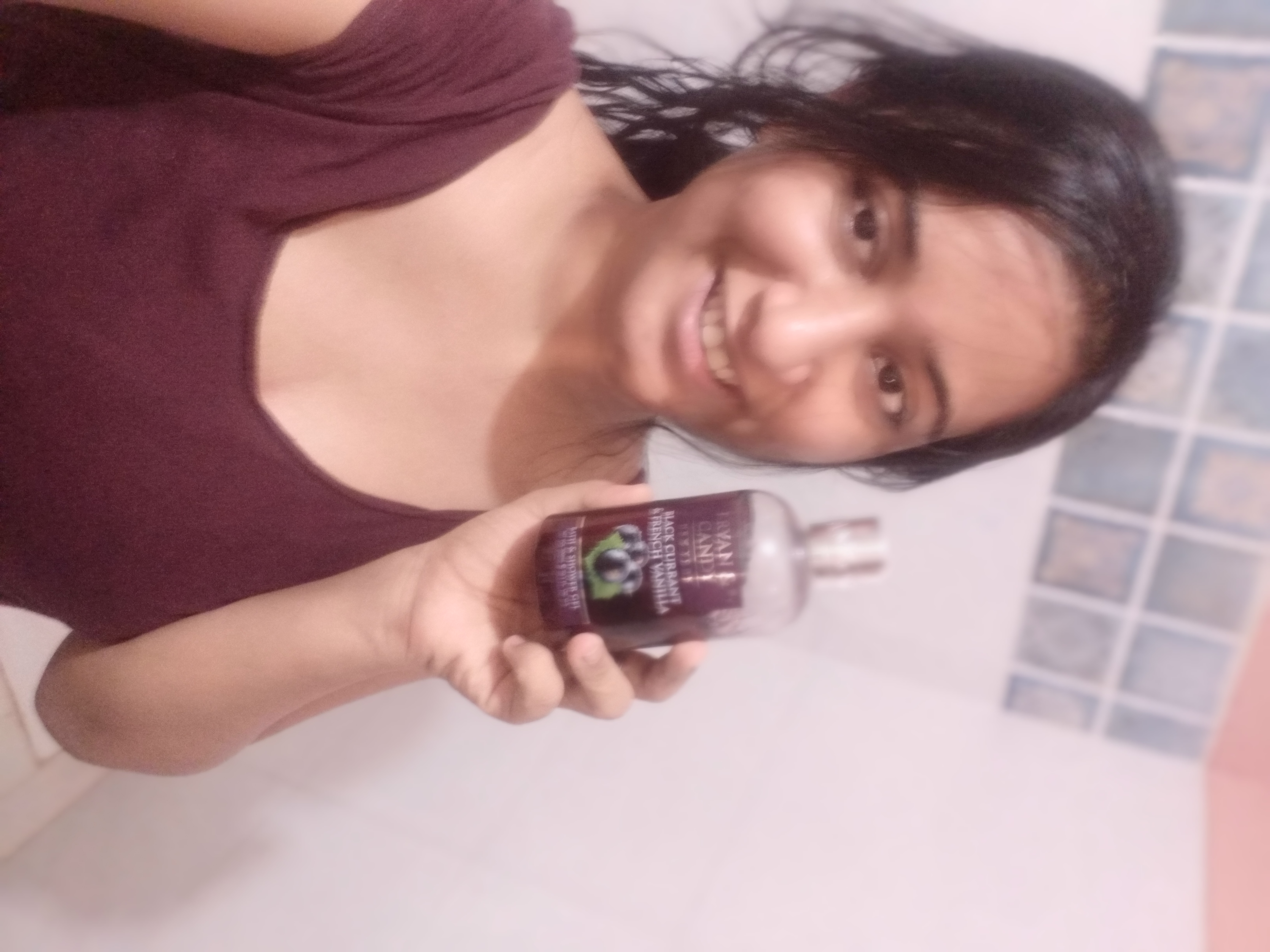 Bryan & Candy New York Black Currant and French Vanilla Shower Gel-Amazing bath experience-By luckyy-2