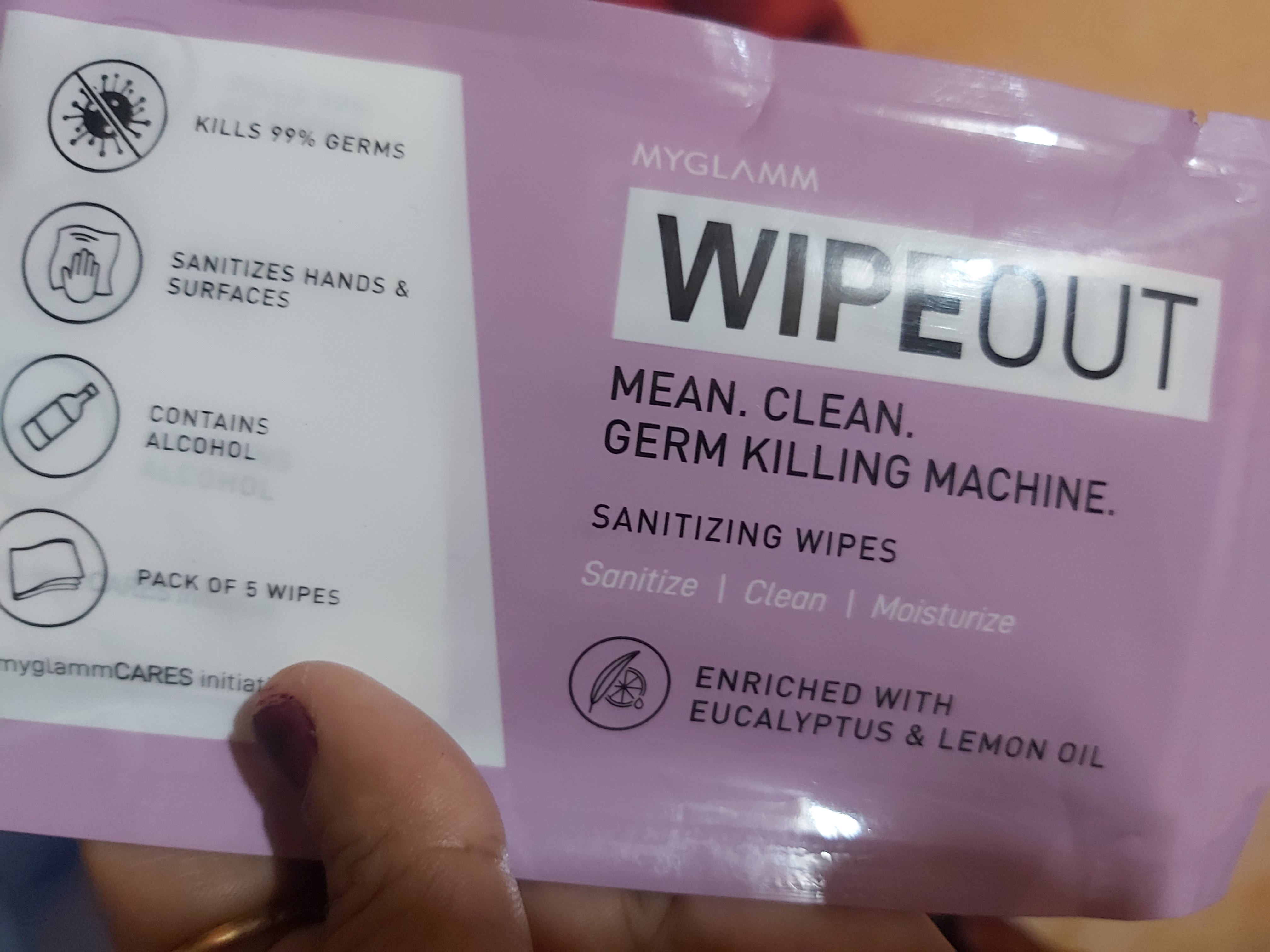 MyGlamm Wipeout Cleansing Towels-Wipes are really great-By sonatips
