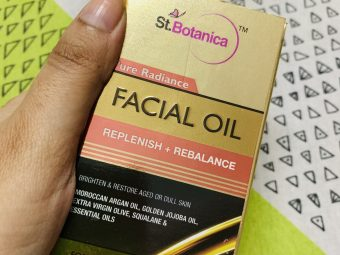 StBotanica Pure Radiance Facial Oil pic 2-Extremely lightweight-By debdatta