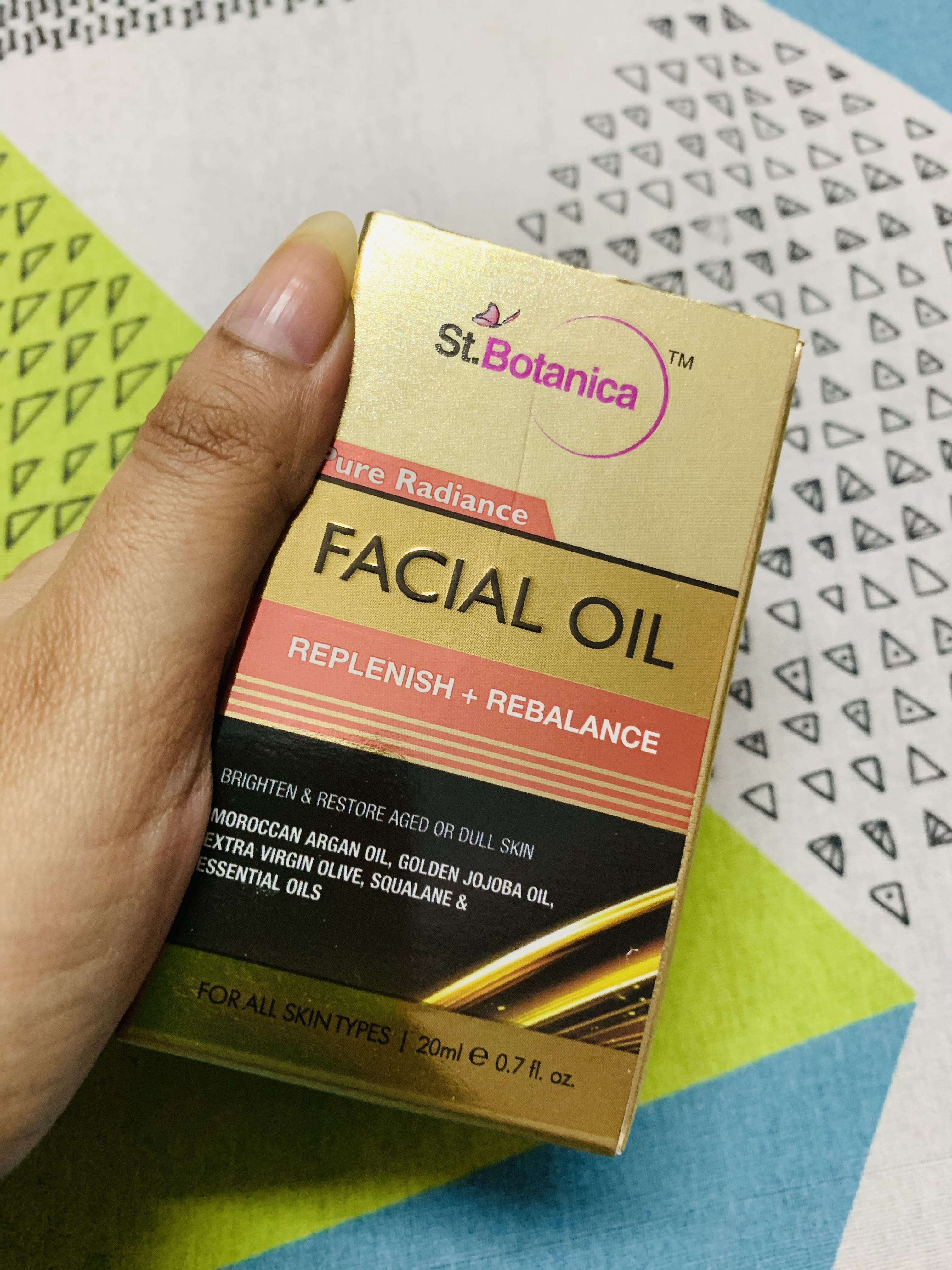 StBotanica Pure Radiance Facial Oil-Extremely lightweight-By debdatta-2