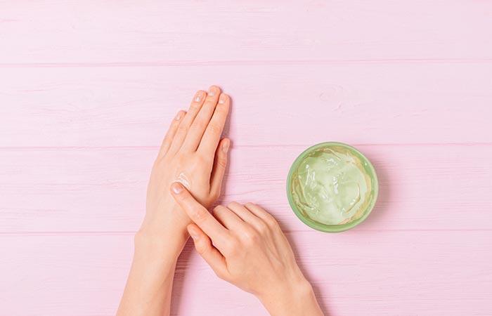 Helps Reverse Skin Damage