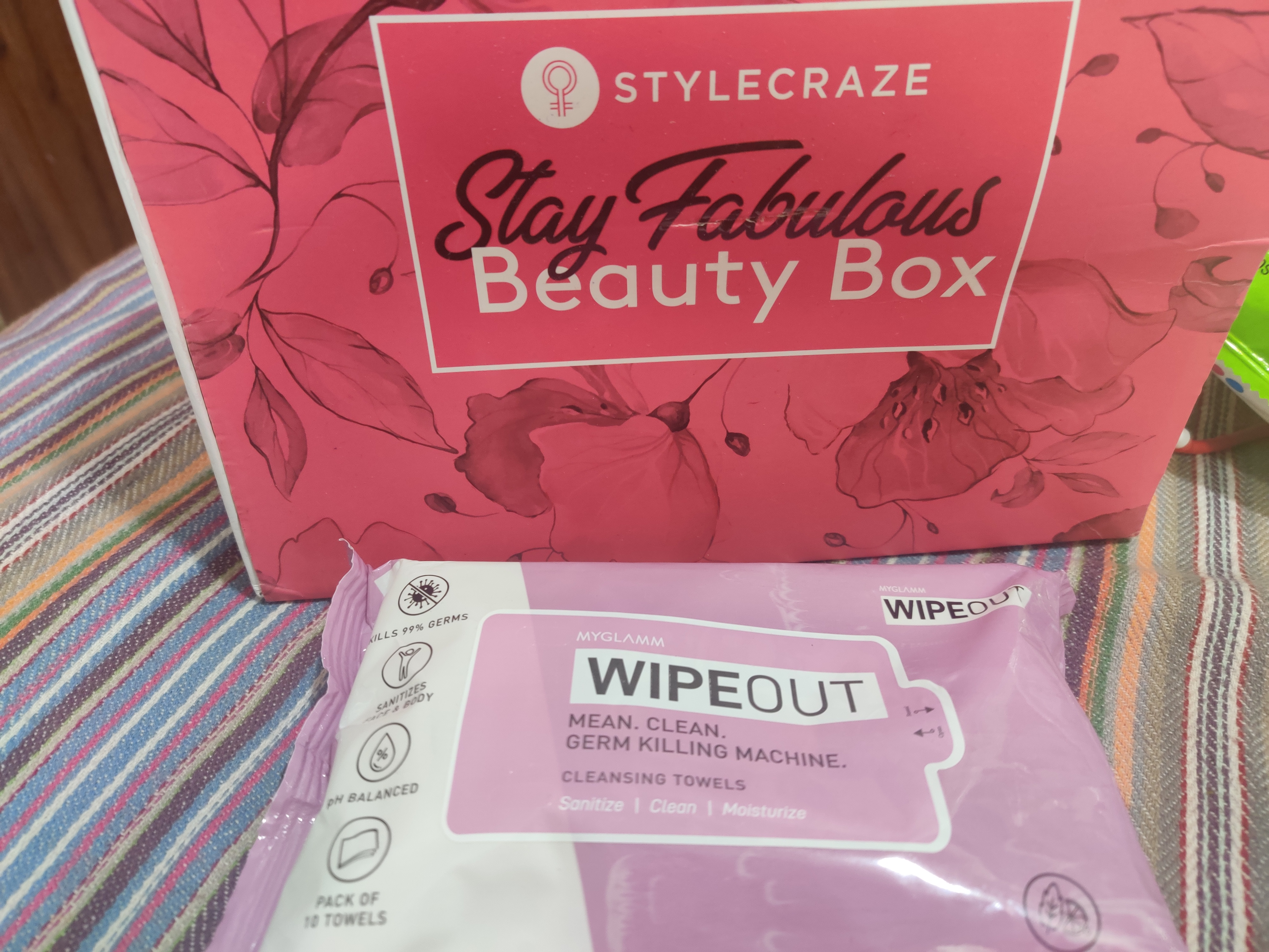 MyGlamm Wipeout Cleansing Towels-Soft Tender and Cremy to use-By sakshi_kohli-3
