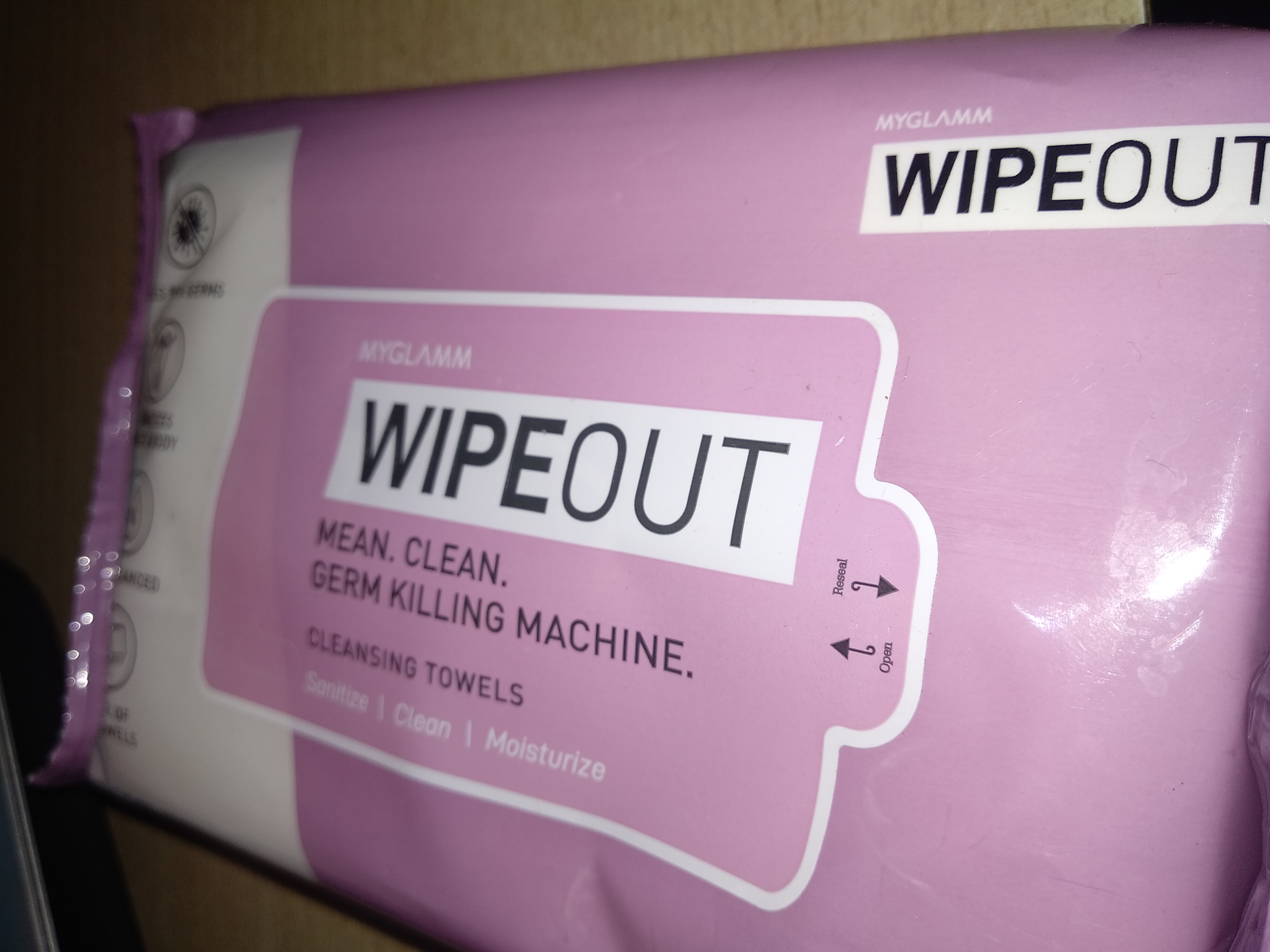 MyGlamm Wipeout Cleansing Towels-Handy and travel partner-By srishti_bhagat