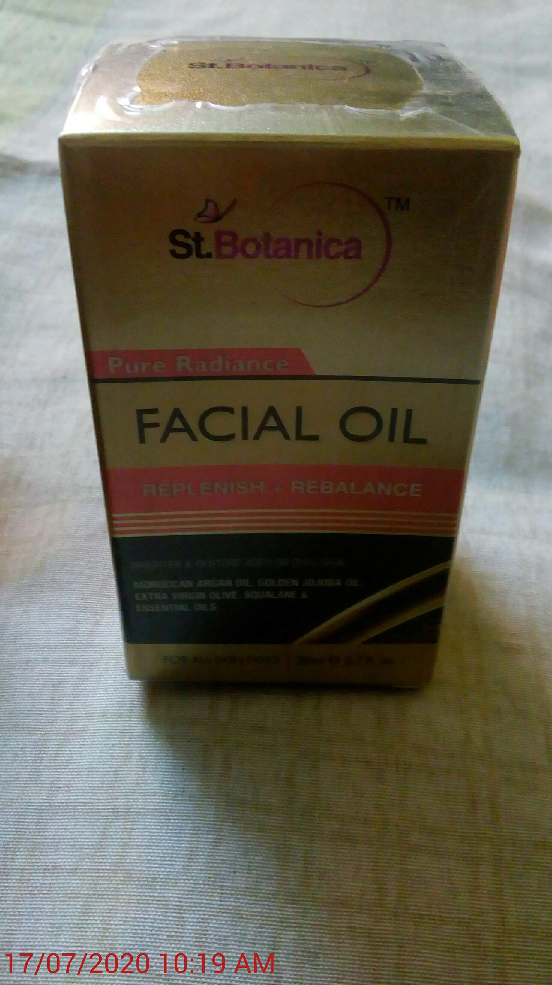 StBotanica Pure Radiance Facial Oil-Amazing face oil-By harishmanek2006@yahoo.com